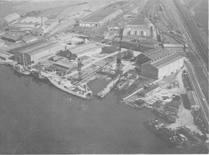 NARWAL, ex navire belge coulé durant la guerre des Malouines - Page 2 Beliar10