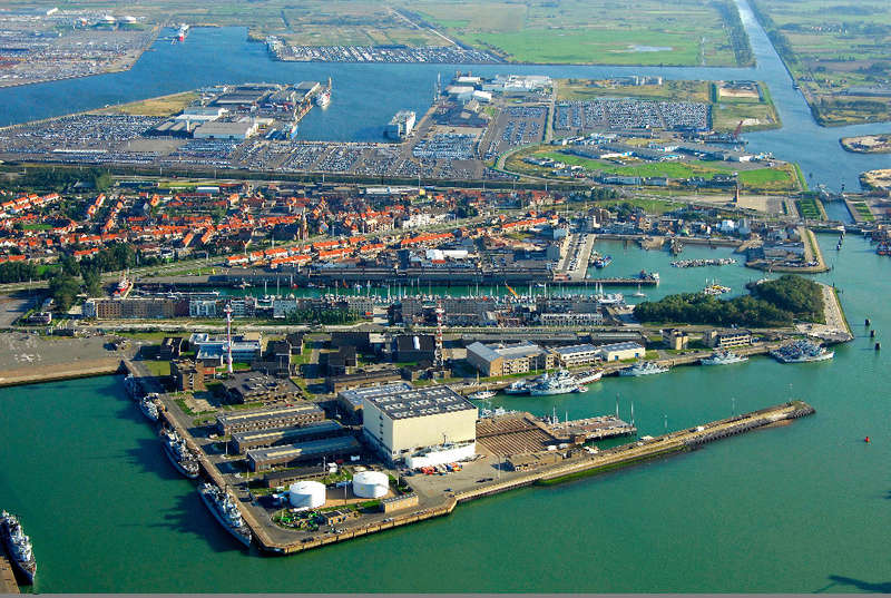 Zeebrugge naval base : news - Page 31 Screen25