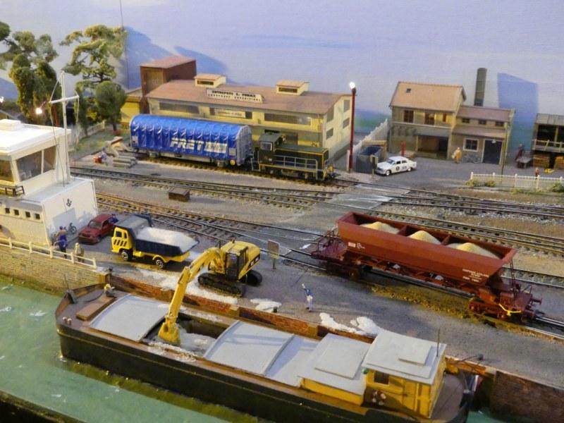 rencontre du train miniature guerignoise - Page 2 Expo_l10