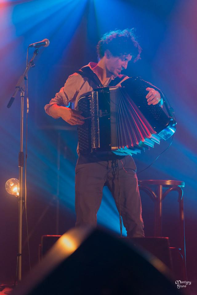 Lalala Napoli en concert au Feu d' Hiver _dsc8936