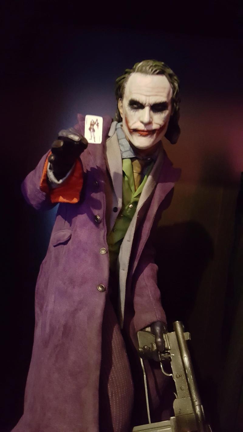 Collection n°233 :yan67(Partie 4) news statues, consoles, lego p10 : 10/01/2021 Joker211
