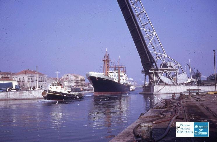 Cargo Notre Dame d'Afrique Captu568