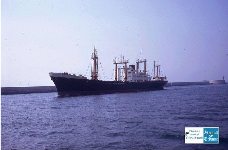 Cargo Notre Dame d'Afrique Captu572