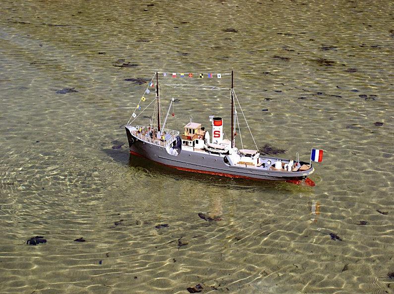 Remorqueur le Saint Charles Captu701