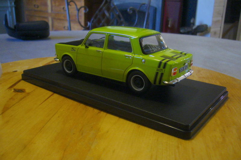 Auto Vintage 1/24 ° - Page 4 P1270017