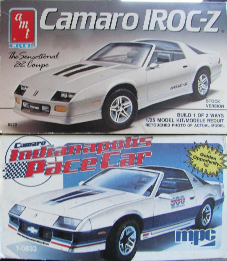 AMT 1983 Camaro Z28 avec un match comparatif!  00413