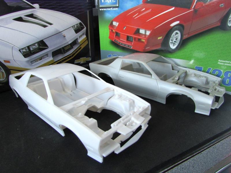 AMT 1983 Camaro Z28 avec un match comparatif!  00513