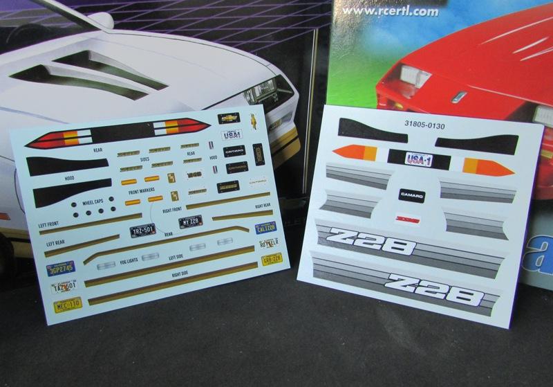 AMT 1983 Camaro Z28 avec un match comparatif!  00914