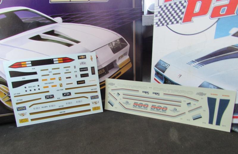 AMT 1983 Camaro Z28 avec un match comparatif!  01414