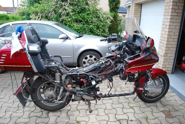Bruit moteur 1500 goldwing 1995 de L'Pop - Page 3 27710612