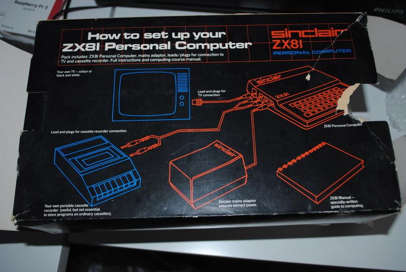 VDS : Divers (Zx81, mini mac, Atari STe, C64, Amiga 500.......) Dsc_0211