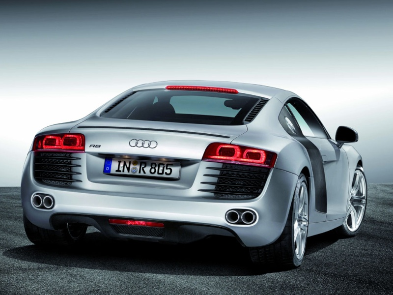 entretient des cuirs - Page 2 Audi-r10