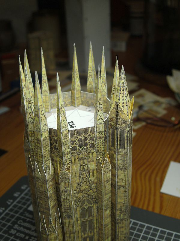 Stephansdom - L'Instant Durable 1:250 - Seite 3 Oberer12