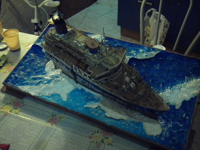 modellino RMS TITANIC RELITTO P1000110