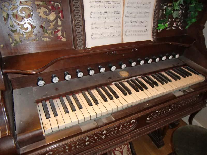 Reed organ Rodolphe Fils & Debain ??? Rodolp10
