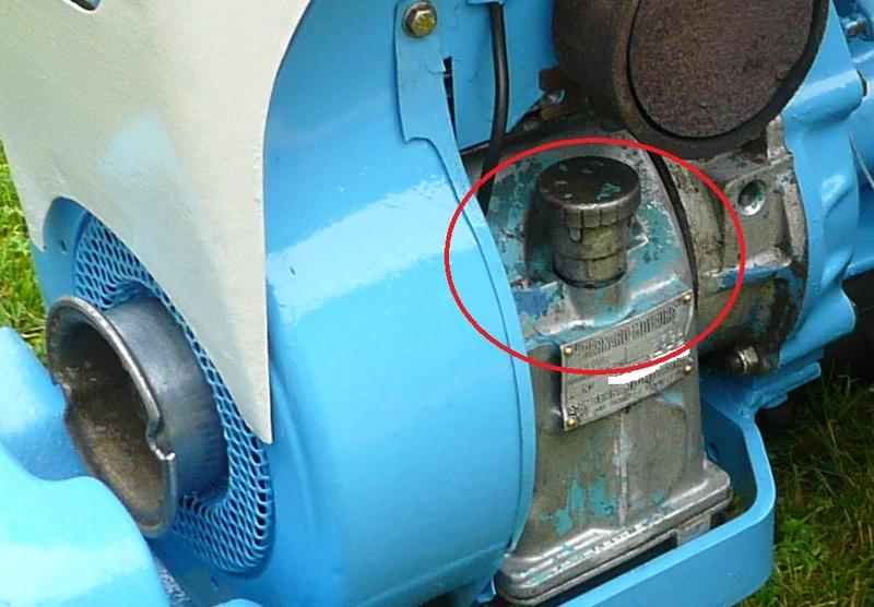 Huile - ( Recherche ) reniflard d'huile pour staub ppx s6 P1180211
