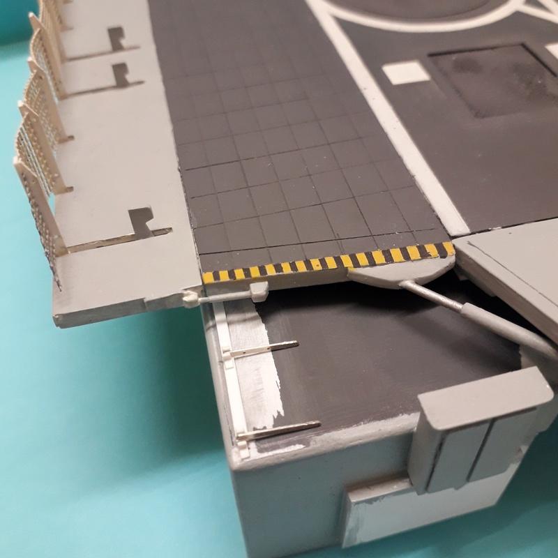 """Escorteur d'escadre """"La Galissonnière""""  plan MRB 1/100è (le chantier a réouvert ses portes) - Page 30 20180116"""