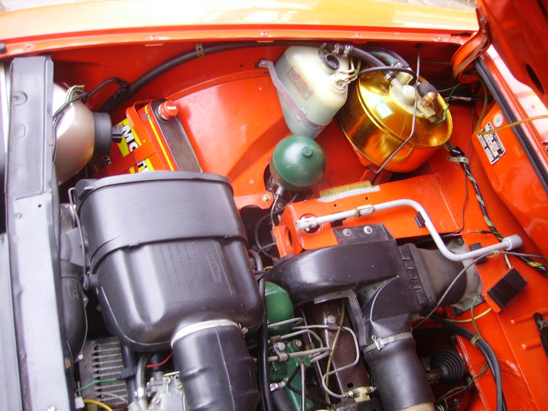 [ Impec-Citron ] GSX2 1978 Rouge Géranium - Page 3 Compar10
