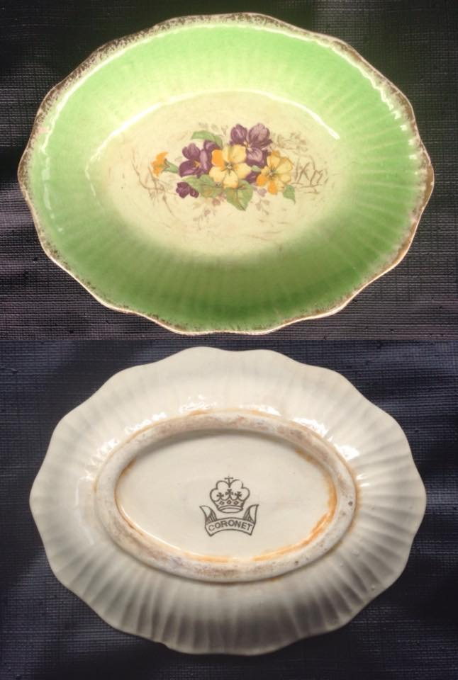 Small fluted dish with Coronet stamp may be 445: Jeremy's oval one is 447. NEW SHAPE Image43