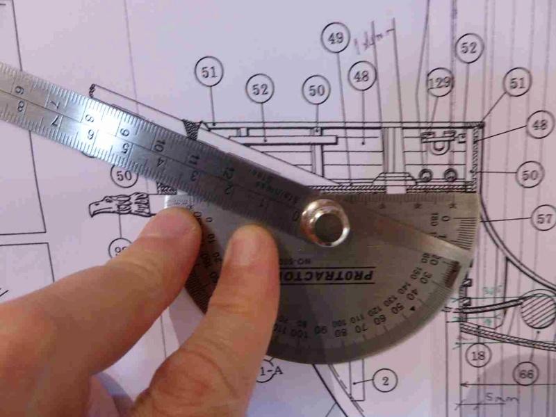 Construction du Santa Maria au 1/65 d'AMATI - Page 6 P1020122