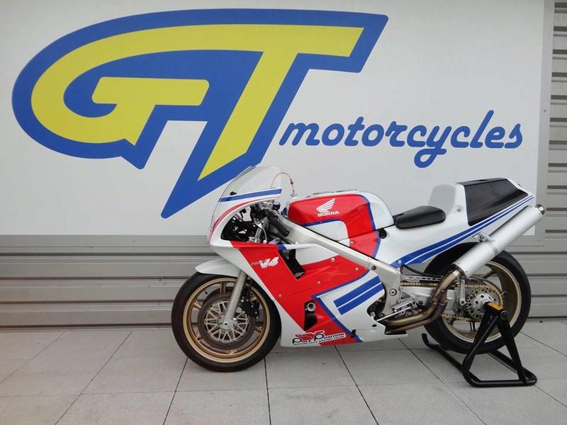 Honda RC 30 - Page 7 337a8b10