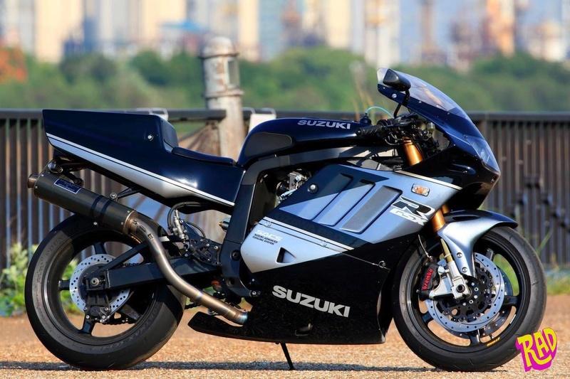 Suzuki GSX-R Slingshot 750 (88-91) et 1100 (89-92) - Page 40 38ecd110
