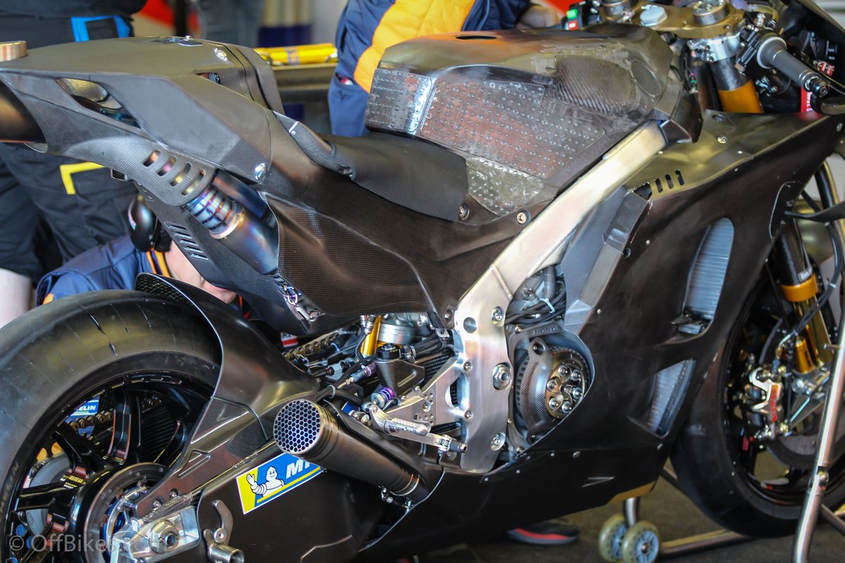 MotoGP Moto2 Moto3 2019  - Page 2 Dtf5z010
