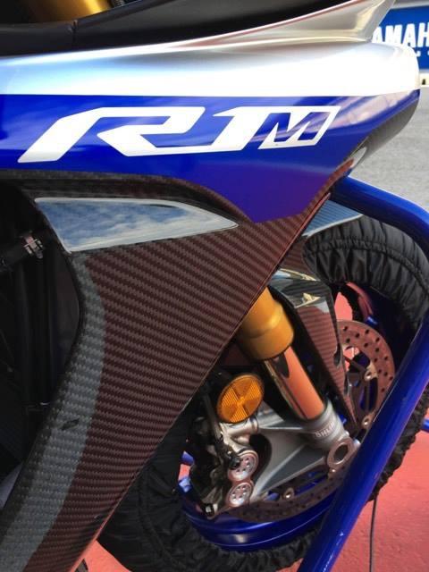 Yamaha R1 et R1M  Crossplane 2015 ( sujet numero3 ) - Page 10 Img_2836