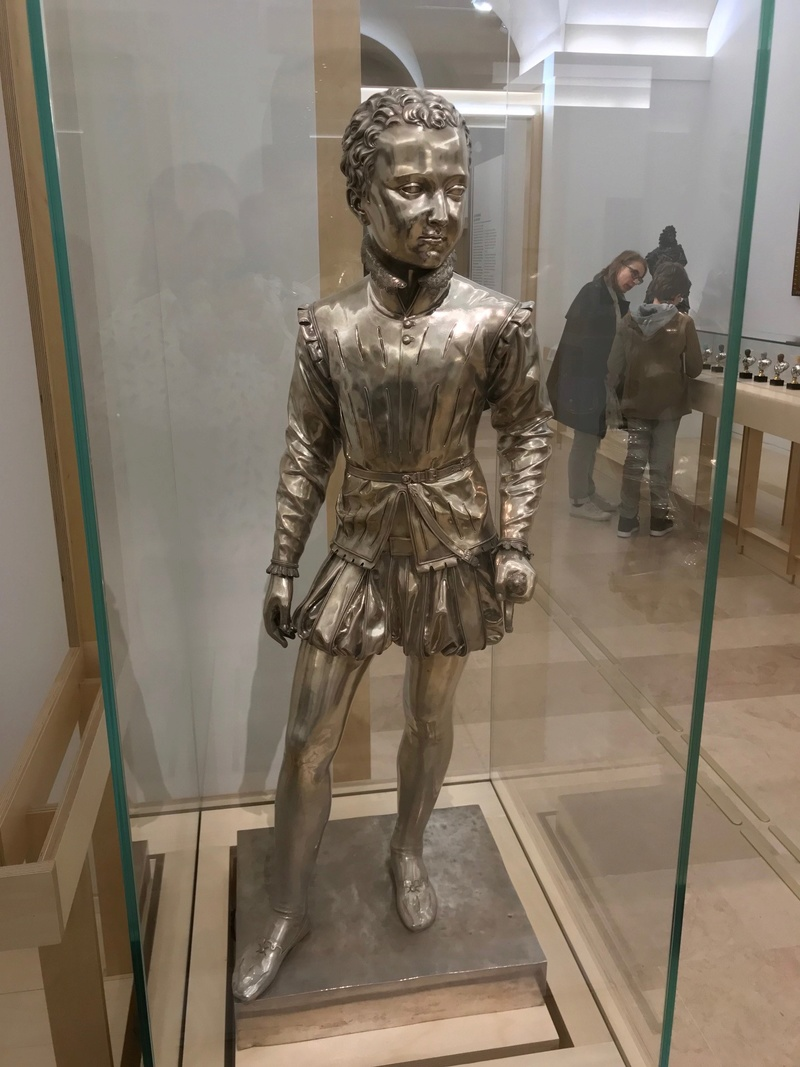 Théâtre du pouvoir. Exposition de la Petite Galerie. Louvre - Page 2 Img_4134