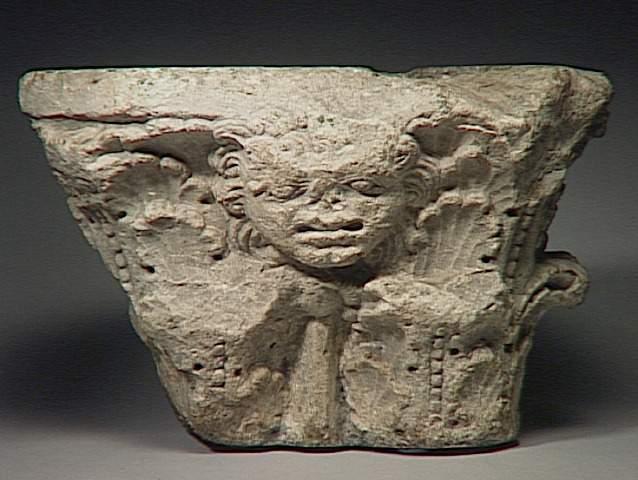 Pour un musée de la basilique et des tombeaux royaux - Page 2 01-00510