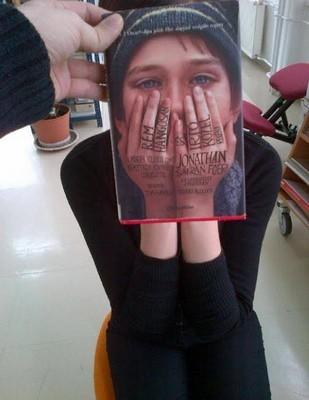 le Book Face - Page 2 Book_f14