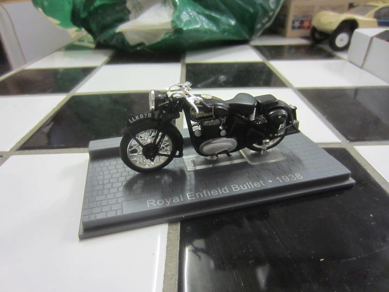 motos 1:24 harley et autres Photo_69