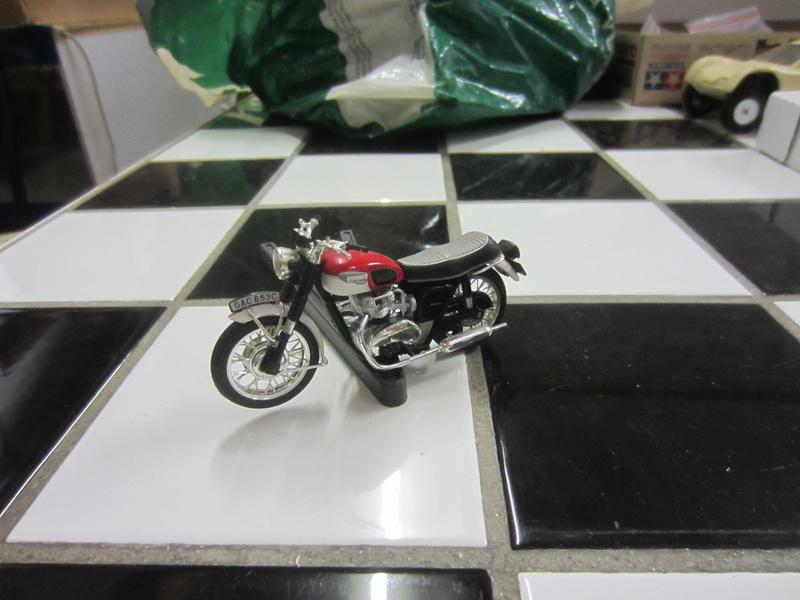motos 1:24 harley et autres Photo_79