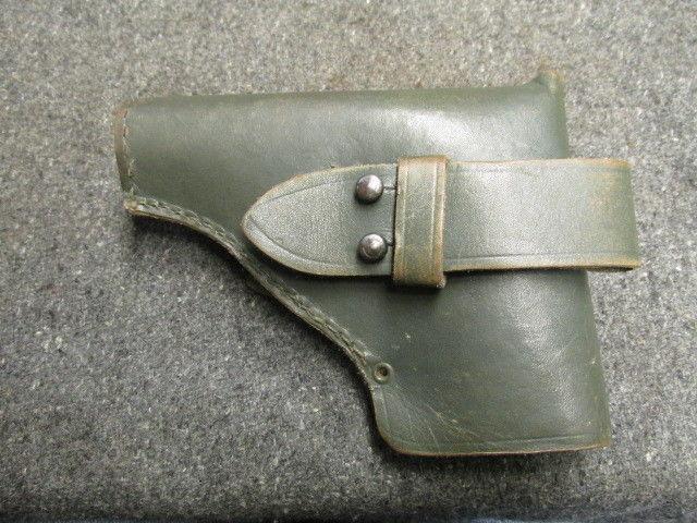 Un bel étui de pistolet à identifier Wwii-i10