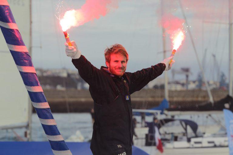 François Gabart en route pour un nouveau record du monde à la voile en solitaire. B21q7510