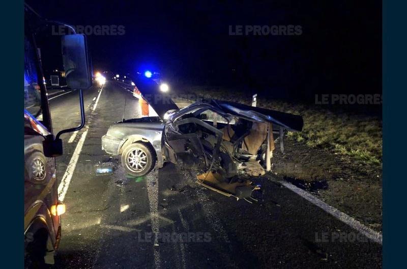 Accident de la route. Dans-l10