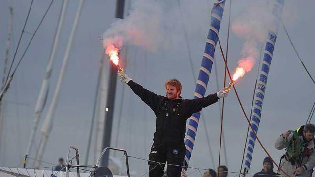François Gabart en route pour un nouveau record du monde à la voile en solitaire. Voile-10