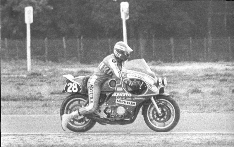Bol d'Or 1975 VIDEO BIKE 70 Moto_010