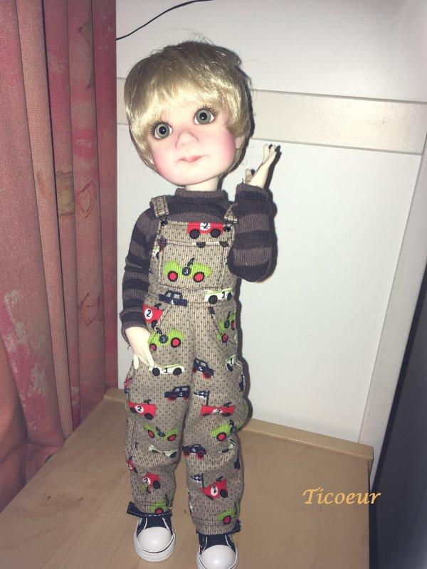 Finn de Lz Frost : nouveau look au 8 mai  Img_0410