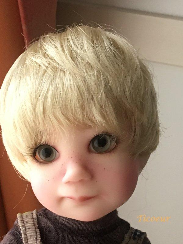 Finn de Lz Frost : nouveau look au 8 mai  Img_0413