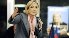 Plainte contre Marine Le Pen  11934910