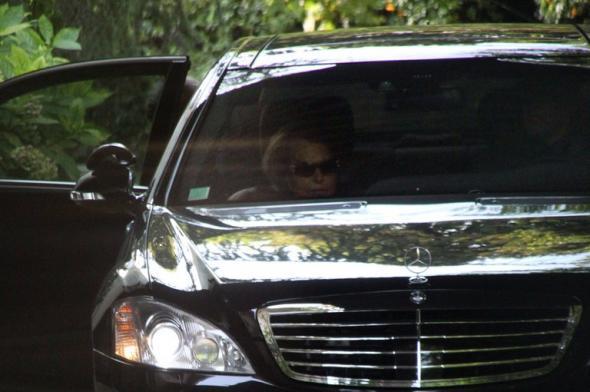 Nicolas Sarkozy aurait demandé de l'argent aux Bettencourt, selon un nouveau témoignage Articl10
