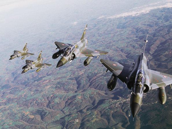 L'armée de l'Air n'a plus d'espoir de retrouver vivant l'équipage du Mirage 2000N perdu en Creuse Mirage10