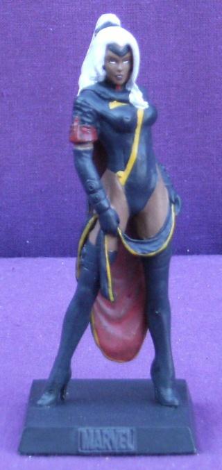 Les autres statues ou figurines de mon bureau... - Page 4 Tornad10