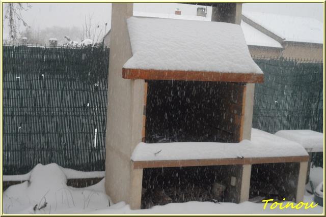 De la neige  - Page 2 Sam_6422