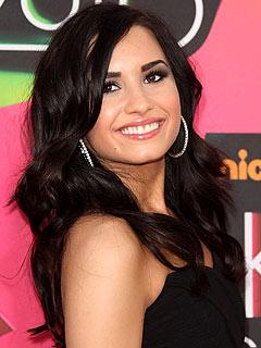 « Demi Lovato a foutu une bonne raclée à l'une de ses danseuses ! »  Zack Taylor As10