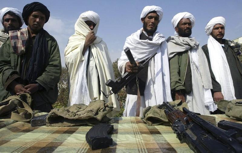 Grease Gun in Afghanistan  800xn10