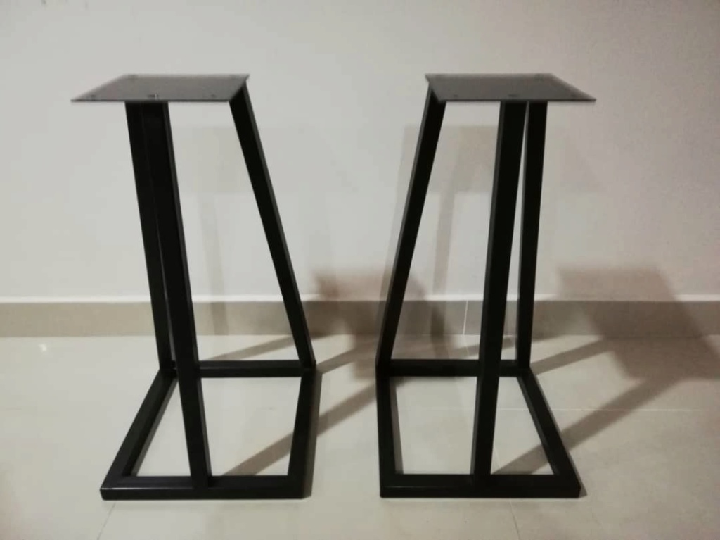 """24"""" Speakers Stand(used) A1235810"""