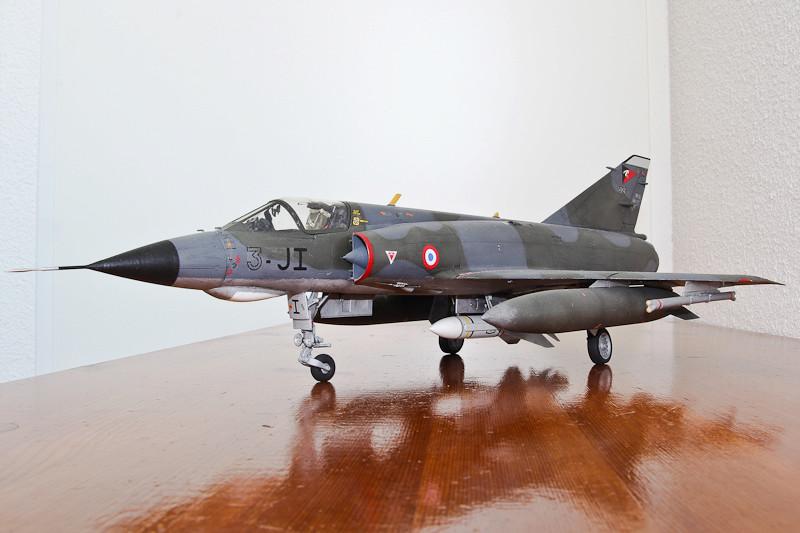 Mirage IIIE [Italeri 1/32] Img_2010