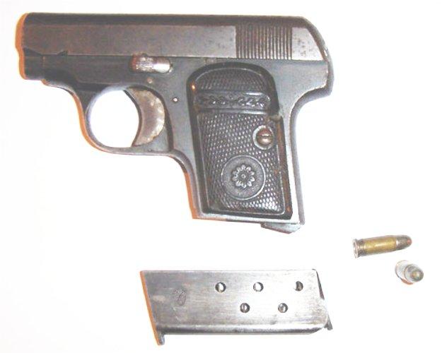 Identification d'un pistolet ancien Majest10